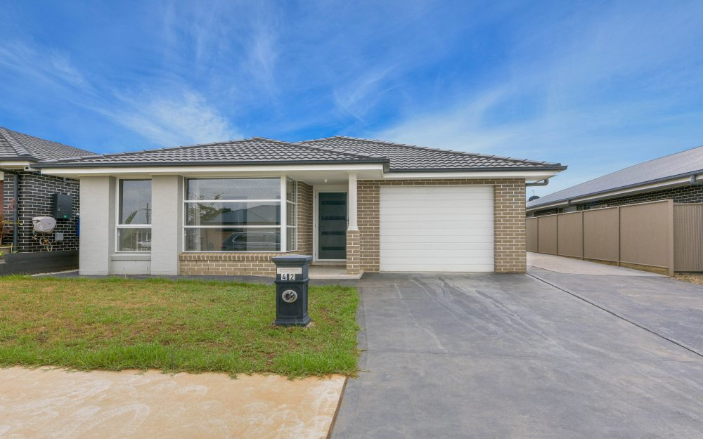 42 Caswell Road, Spring Farm